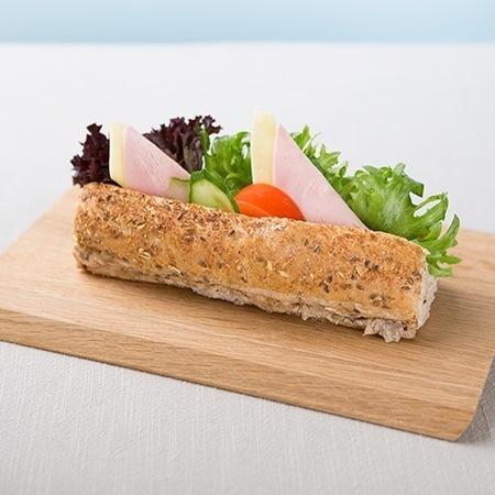 Minibaguette med ost og skinke